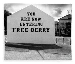Free Derry Corner 9 Fleece Blanket