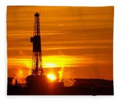 Frontier Nineteen Xto Energy Culbertson Montana Fleece Blanket