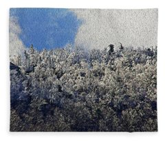 Frost Line 2 Fleece Blanket