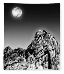 Full Moon Over The Suicide Rock Fleece Blanket