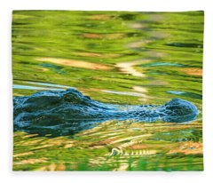 Gator In Pond Fleece Blanket