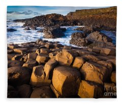 Giant's Causeway Surf Fleece Blanket