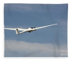Glider In The Sky Fleece Blanket