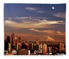 Golden Seattle Fleece Blanket