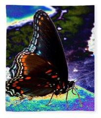 Gona-fly-butterfly Fleece Blanket
