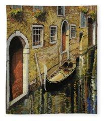 Gondola A Venezia Fleece Blanket
