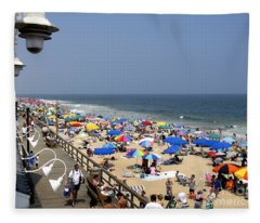 Good Beach Day At Bethany Beach In Delaware Fleece Blanket