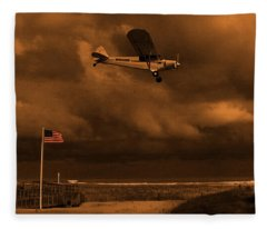 Good Night Wildwood Beach Fleece Blanket
