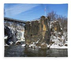 Great Falls In Color Fleece Blanket