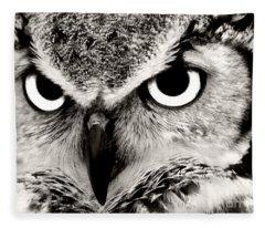 Great Horned Owl In Black And White Fleece Blanket