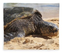 Green Sea Turtle 2 - Kauai Fleece Blanket