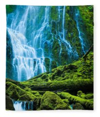 Green Waterfall Fleece Blanket