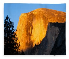 Half Dome Yosemite At Sunset Fleece Blanket