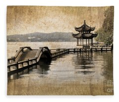 Hangzhou Lake Fleece Blanket
