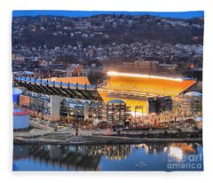 Heinz Field At Night Fleece Blanket