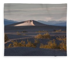 How Ya Dune Fleece Blanket