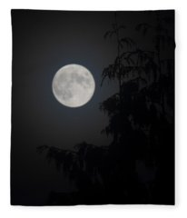 Hunters Moon Fleece Blanket