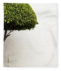 Hypnotic Tree Fleece Blanket