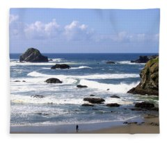 Invigorating Sea Air Fleece Blanket