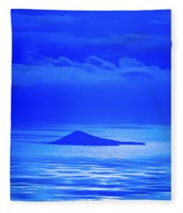 Island Of Yesterday Fleece Blanket