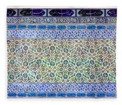 Iznik Ceramics With Floral Design Fleece Blanket