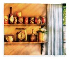 Jars - Kitchen Shelves Fleece Blanket