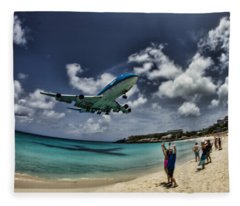 Jet Landing Over Maho Beach Fleece Blanket