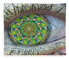 Kaleidoscopeeyeq Fleece Blanket