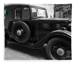 Kilbeggan Distillery's Old Car Fleece Blanket