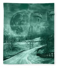 Kingdom Of Oz Fleece Blanket