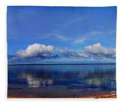 Kingscote View Fleece Blanket