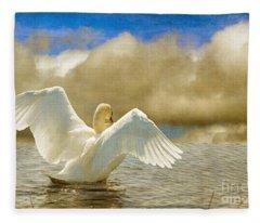 Lady-in-waiting Fleece Blanket