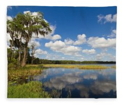 Lakeview Fleece Blanket