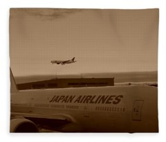 Leaving Japan Fleece Blanket