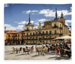 Leon City Hall Fleece Blanket