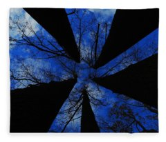 Looking Up Fleece Blanket