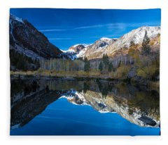 Lundys Reflection Fleece Blanket