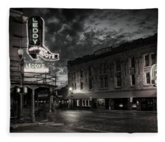Main And Exchange Bw Fleece Blanket