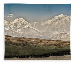 Majestic Mount Mckinley Fleece Blanket