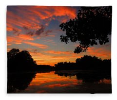 Marlu Lake At Sunset Fleece Blanket