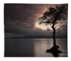 Milarrochy Bay Sunset Fleece Blanket
