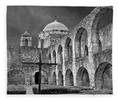 Mission San Jose Arches Bw Fleece Blanket