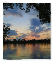 Missouri River Glow Fleece Blanket
