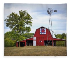 Missouri Star Quilt Barn Fleece Blanket