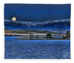 Moonset Over Cooney Fleece Blanket