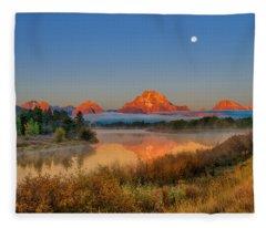 Moonset Over Oxbow Bend Fleece Blanket