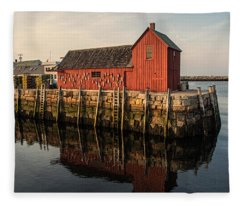 Motif No 1 Warm Fleece Blanket
