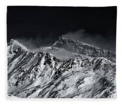 Mountainscape N. 5 Fleece Blanket