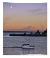 Mt. Rainier Afterglow Fleece Blanket