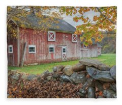 New England Barn Fleece Blanket